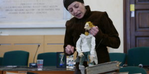 Cristiana Daneo y su marioneta